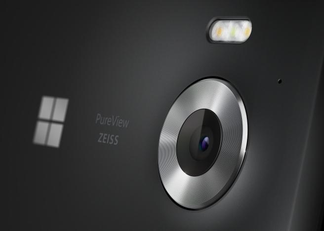 Lumia_950_Marketing_04_Black.jpg